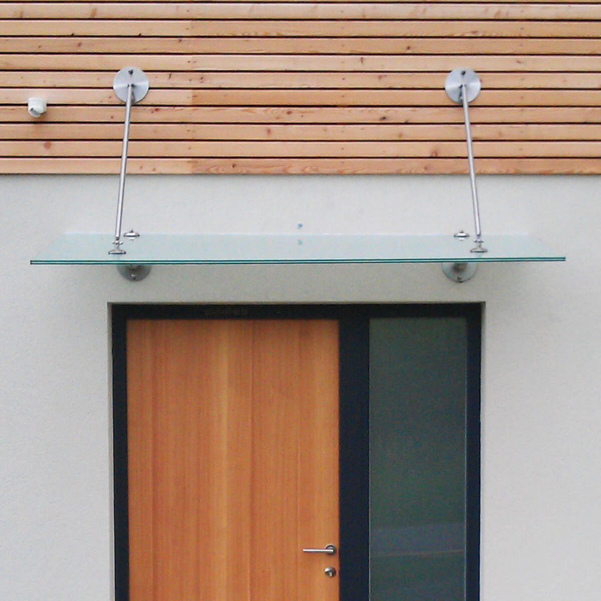 Modern-Vordach