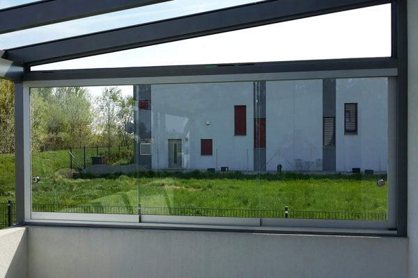 4_SAP-Metallbau_Ariane_Terrasse_Himberg_4x3-glas-innen