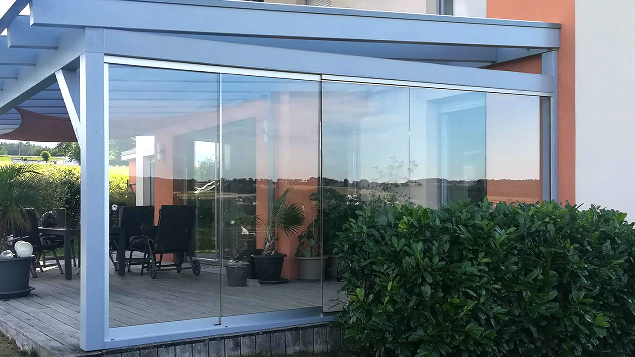 SAP Metallbau Ariane Glasschiebewand Echtglas 2048x1152 2